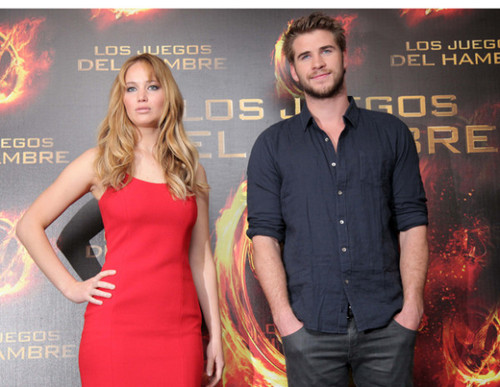 Jennifer promoting The Hunger Games in Mexico