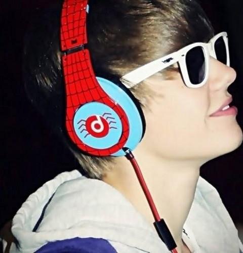 Justin+Bieber+73925_