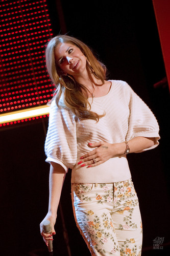Lana Del Rey @ Le Grand Journal in Paris, France (Jan 30)
