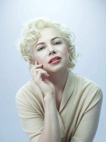 "Michelle Williams - ""My Week With Marilyn"" / Promoshoot"