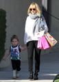 Nicole Richie And Joel Pick Up The Kids (February 14) - nicole-richie photo