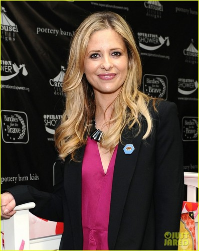 Sarah Michelle Gellar: Operation kuoga With Military Moms!