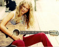 Taylor when she was 14 years old