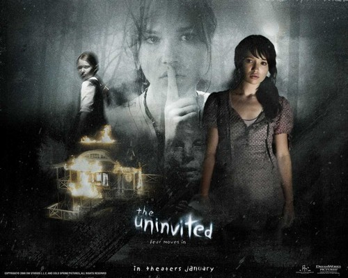 ホラー映画 壁紙 possibly containing a sign titled The Uninvited