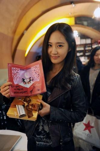 "Yuri ""Fashion King"" Valentine's Day"