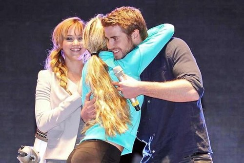 en and Liam at Hunger Games Rally in Mexico