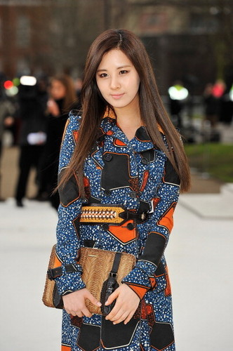120220 [Photo/Video/Fancam/Fan Taken] Luân Đôn Fashion Week - Burbery Prorsum hiển thị @ Seohyun