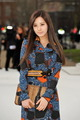 120220 [Photo/Video/Fancam/Fan Taken] London Fashion Week - Burbery Prorsum Show @ Seohyun