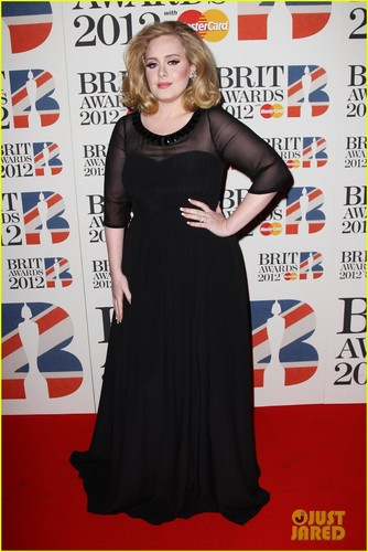 Adele - Brit Awards 2012 Red Carpet