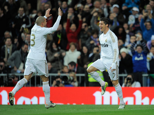 C. Ronaldo (Real Madrid - Racing Santander)