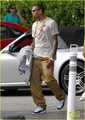 Chris Brown: Gold Chains in Miami! - chris-brown photo