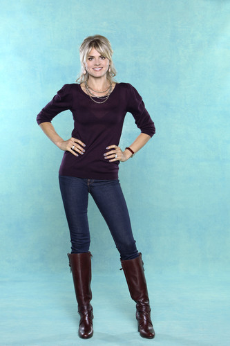 Eliza কুপ ~ 'Happy Endings' Season One Promotional Photoshoot