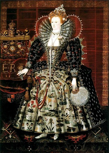 Women in History wallpaper probably with a surcoat entitled Elizabeth I