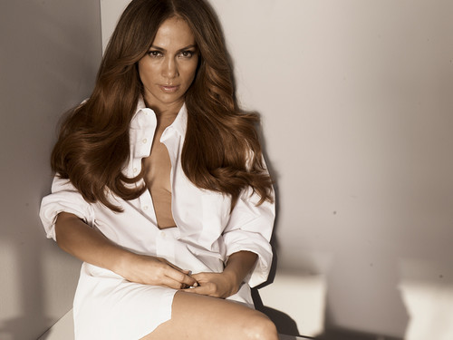 Jennifer Lopez wallpaper probably containing a well dressed person and a portrait entitled Jennifer Lopez - Bikini