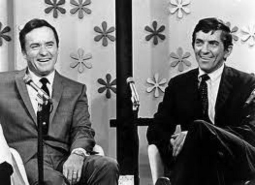 "Dark Shadows 바탕화면 with a business suit, a suit, and a three piece suit titled Jonathan Frid on ""The Mike Douglas Show"" (1968)"