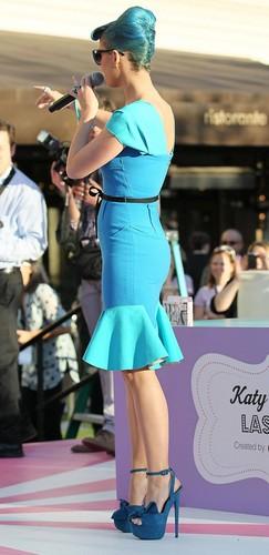 Katy Perry Eyelashes sejak Eylure [22 February 2012]