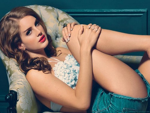 Lana Del Rey wallpaper probably containing skin titled Lana Wallpapers