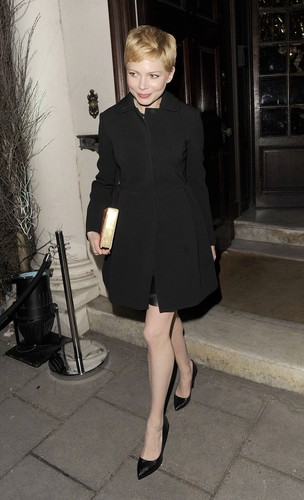 "Michelle Williams - ""Mulberry"" Private hapunan - (19.02.2012)"