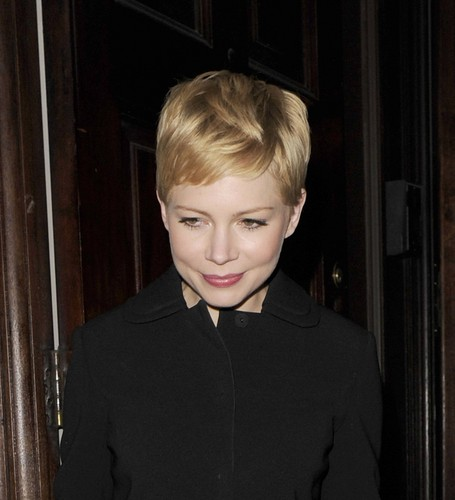 "Michelle Williams - ""Mulberry"" Private 晚餐 - (19.02.2012)"
