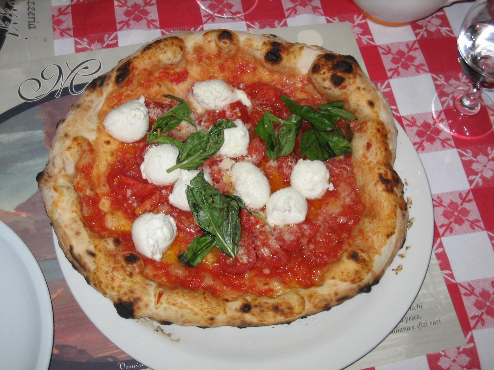 Napoli pizza pizza photo 29212582 fanpop for Pizza pizzeria