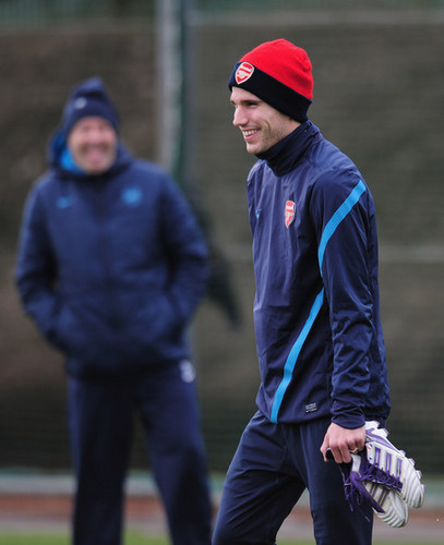 R. mobil van, van Persie (Arsenal training session)