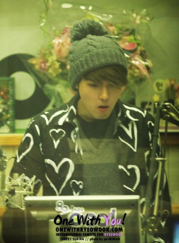 Sukira (KTR) with Ryeowook [10P] From 120221