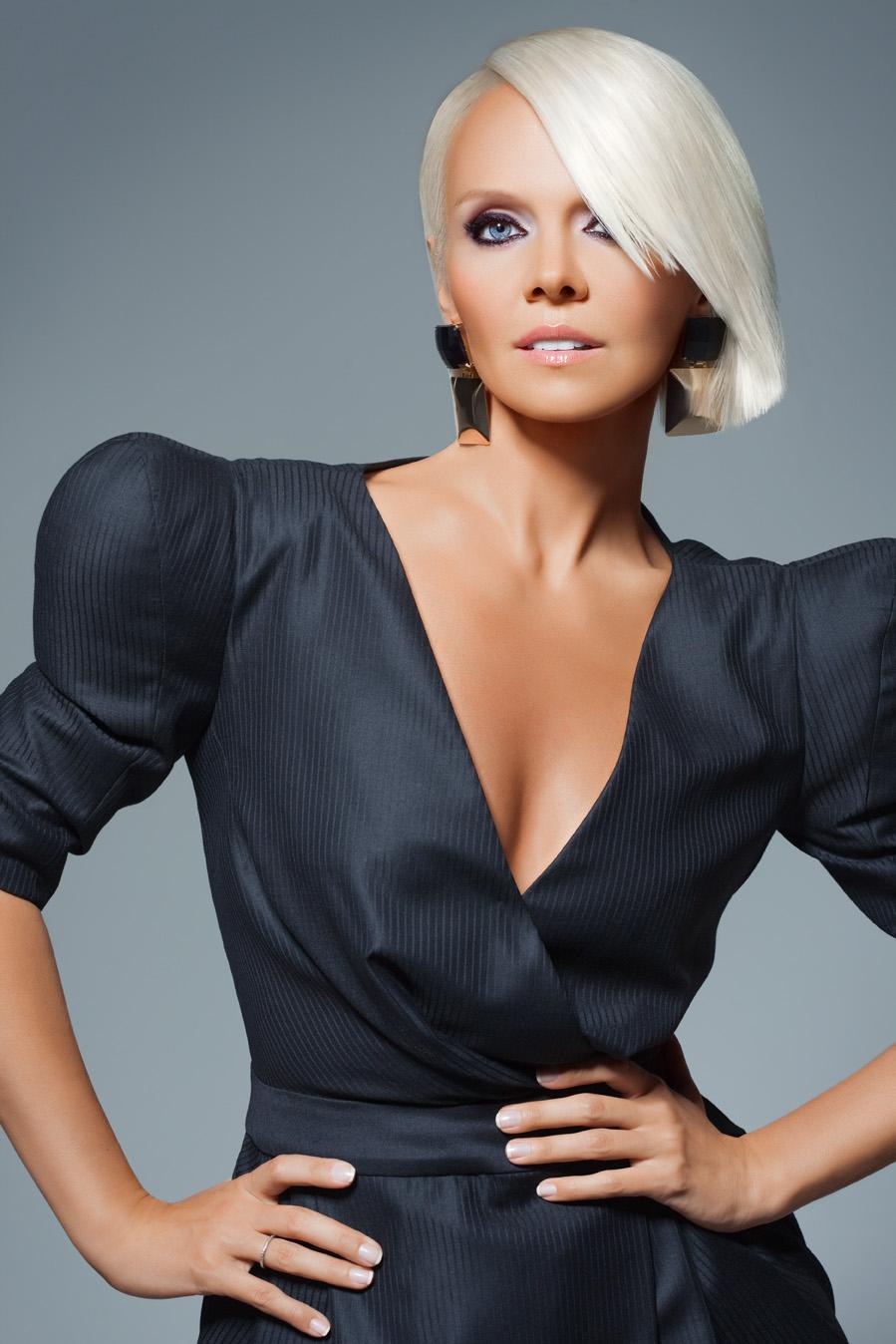 Russian singer - Valeriya - Russian Personalities