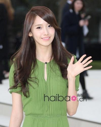 Yoona @ burberry کے, بربیری Prorsum 2012 FW