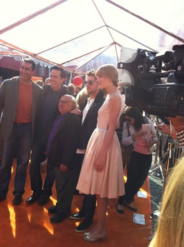 Zac Efron and Taylor veloce, swift - O Lorax Primiera