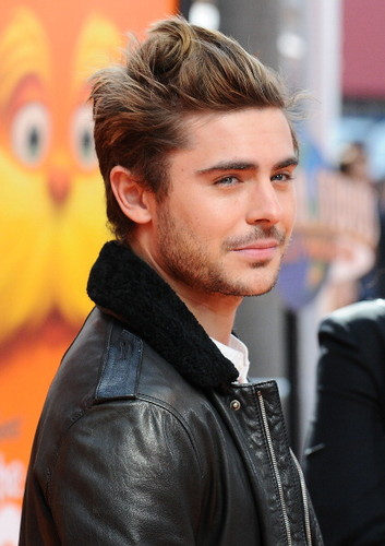 Zac Efron and Taylor cepat, swift - O Lorax Primiera