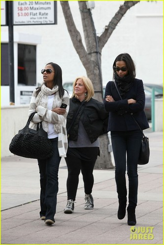 Zoe Saldana: sinema with Bradley Cooper's Mom!