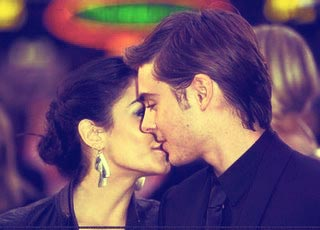 Zac Efron & Vanessa Hudgens wallpaper possibly containing a portrait titled so cute.