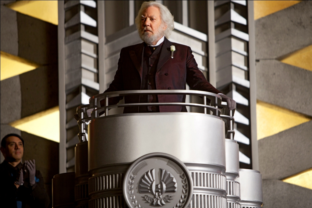 [HQ] President Snow - The Hunger Games Movie Photo ...