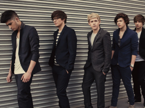 isang direksyon wolpeyper containing a business suit, a suit, and a three piece suit called ♫One Direction♫