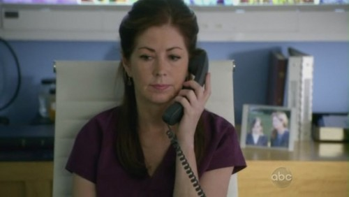 Dr. Megan Hunt wallpaper containing a pay phone titled 1x02 Letting Go
