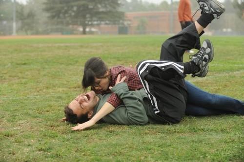 """1x15 """"Injured"""" Promotional foto"""