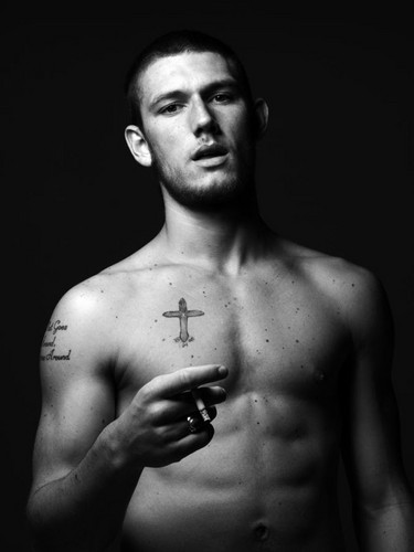 Alex Pettyfer wallpaper containing a pezzo, hunk called Alex Pettyfer