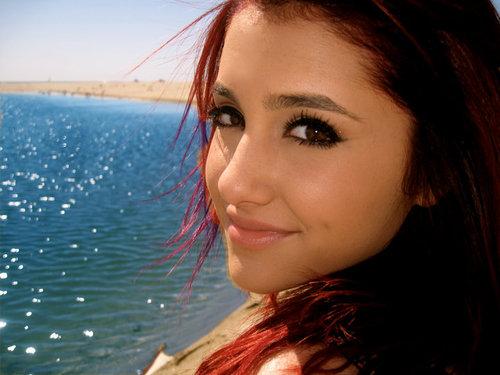 Ariana Grande <3333