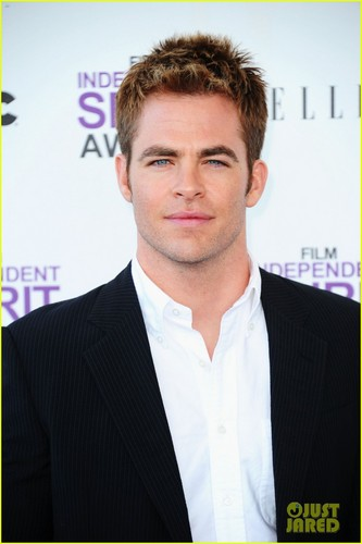 Chris Pine - Spirit Awards 2012 - chris-pine Photo