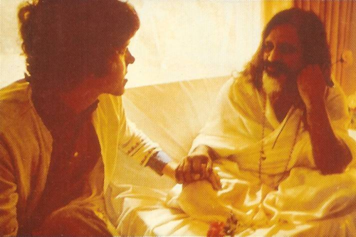 Donovan with Maharishi