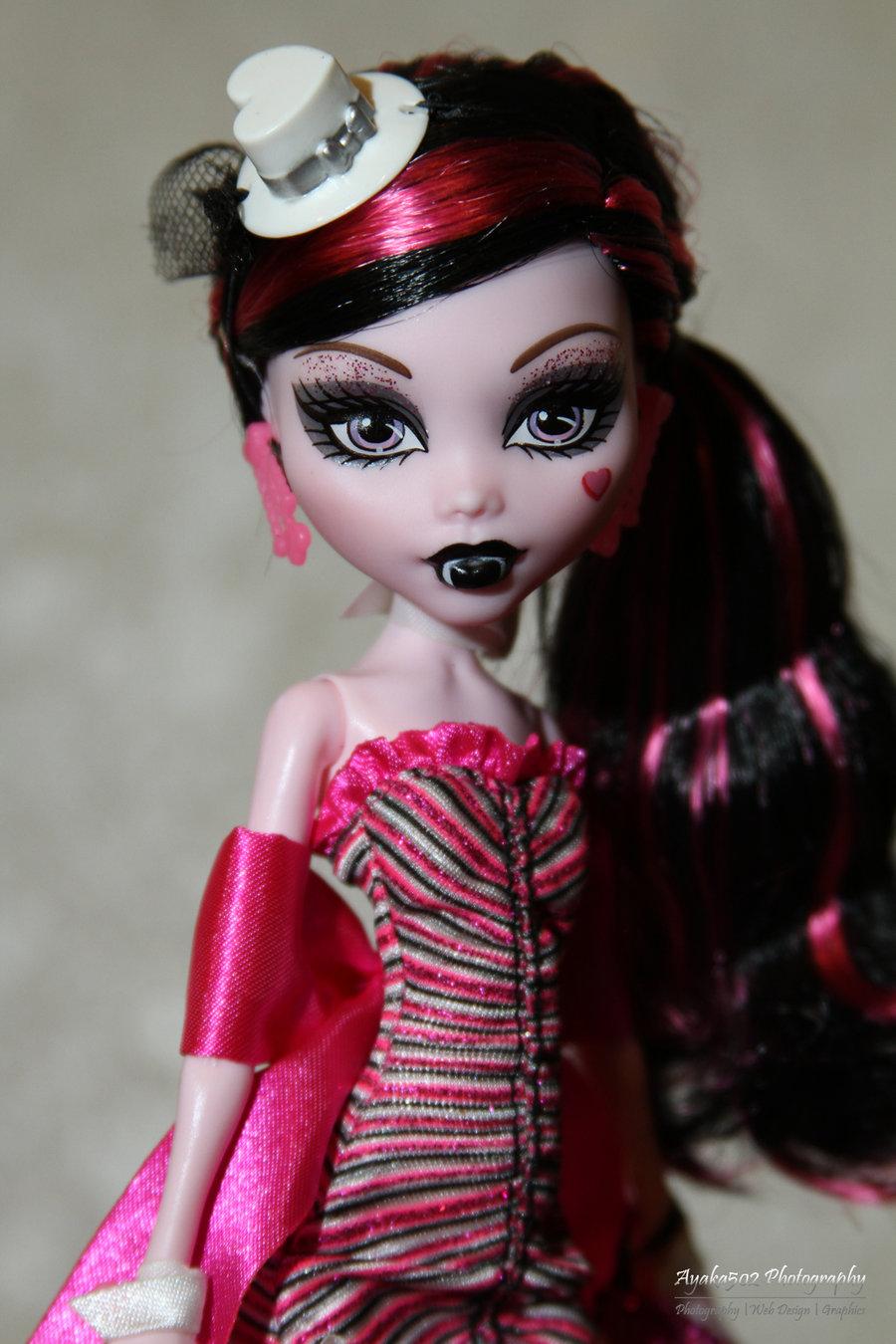 Draculaura DOTD doll