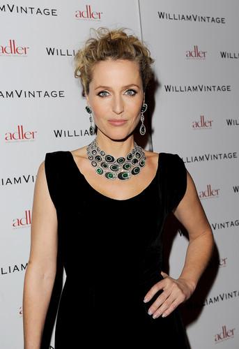 Gillian Anderson, 2012