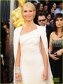 Gwyneth Paltrow - Oscars 2012 Red Carpet - gwyneth-paltrow photo