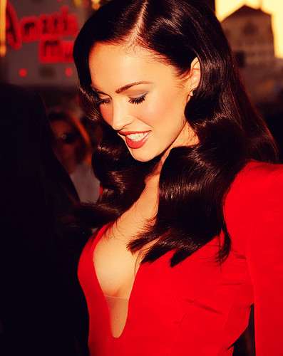 HOT MEGAN FOX;D!