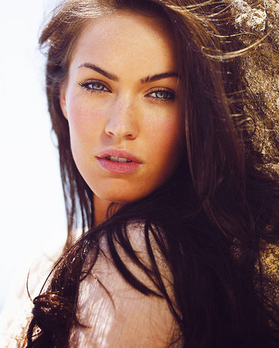 Zainah122 wallpaper with a portrait titled HOT MEGAN FOX;D!
