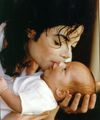 How sweet♥ :')  - michael-jackson photo