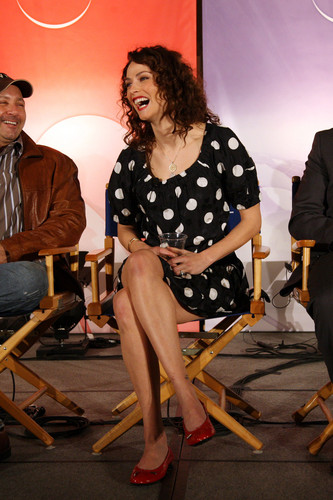 Joanne Kelly - Warehouse 13 Interview