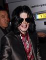 Michael+Jackson+Michael+Jackson+L - michael-jackson photo
