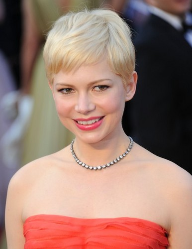 Michelle Williams - 84th Annual Academy Awards/red carpet - (26.02.2012) - michelle-williams Photo