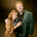 Molly and Arthur - the-weasley-family photo